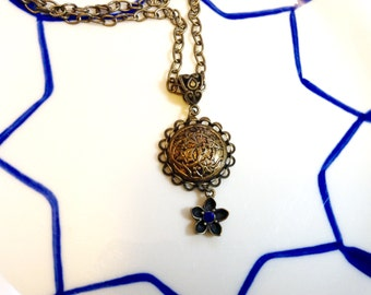 Blooms from the vine button necklace