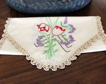 Embroidered Runner. Vintage Linens,  French Knots, Floral Motif, Crochet Edging, Light Ecru Linen 13147