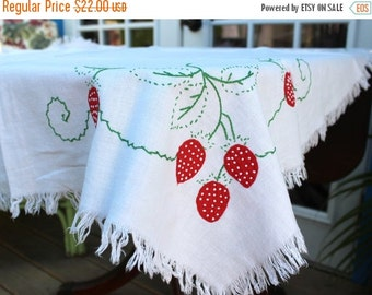 Vintage Light Linen Table Cloth -  Embroidered Tablecloth 11315