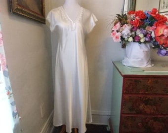 Stunning Off White Night Gown