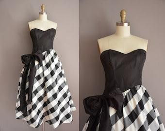 50s inspired Gunne Sax strapless full skirt vintage party dress / vintage 1980s dress