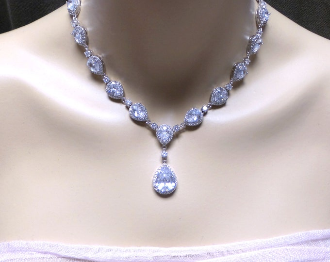 Bridal necklace wedding jewelry prom pageant christmas AAA quality clear cubic zirconia y shape chuncky rhodium teardrop halo necklace
