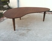 MID CENTURY MODERN Style Small Kidney Bean or Boomerang Coffee Table (Los Angeles)
