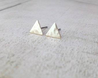 Triangle earring studs, gold triangle earring studs, hammered triangle earrings, tiny triangle earrings, triangle studs, geometric studs