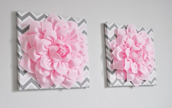 """Flor colgante de pared Decor Decor - luz Dalia rosa en rosa y gris Chevron 12 x 12"""" lienzo arte bebé vivero pared decoración de la pared-"""