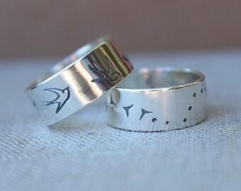 Bird in flight ring, Bird band ring, sterling silver Sparrow ring