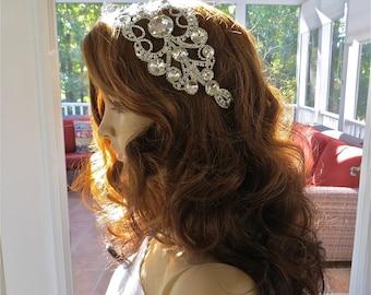 Rhinestone Crystal Comb, Bridal  Rhinestone Headpiece, Vintage Style Comb, Wedding Gown Accessory
