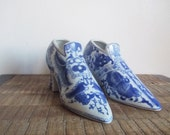 Pair of Vintage Blue Willow Style Porcelain Shoe Planter / Vases