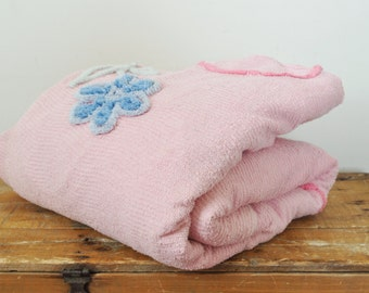 Vintage Pink Chenille Bedspread Floral Motif Shabby Chic Coverlet