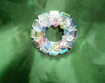 1988 Crystal Bead Round Pin.