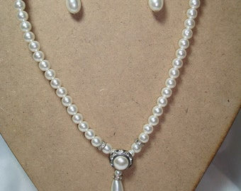 1995 Pearl and Rhinestone Rondels Necklace and Earring Set.