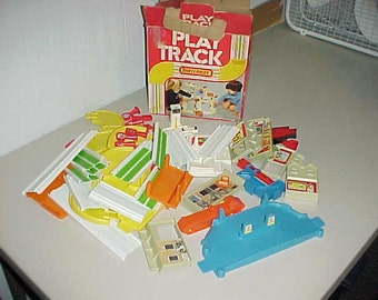 1981 Lesney Matchbox Cars Play Track