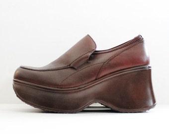 sale // Vintage 90s CLUB KID Platform Shoes // Brown Leather // Women 7M // Steve Madden, Ink