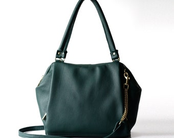 Soft Leather bag - Opelle Liria bag in Black pebbled leather in Emerald dark green