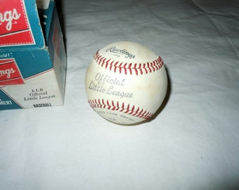 Vintage 1970s Rawlings official little league Baseball in box