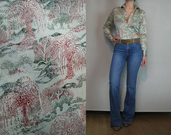70s NOVELTY TREE PRINT Vintage Pale Light Sage Green Weeping Willow Trees Stipling Dots Disco Blouse Shirt xs Small 1970s
