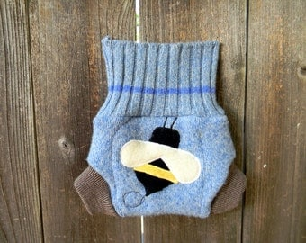 Upcycled  Wool Soaker Cover Diaper Cover With Added Doubler Blue/ Taupe With Bumble Bee Applique NEWBORN 0-3M Kidsgogreen