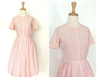 1950s Pink Dress - swing dress - 50s dress - cotton day dress - fit and flare - Bobbie Brooks - full skirt - Medium