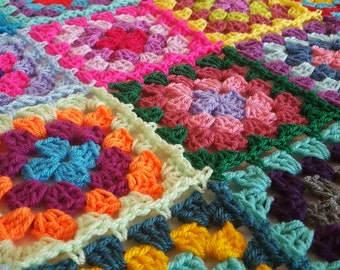 Retro Granny Squares BLANKET Afghan Crocheted Sofa Throw