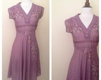 vintage lavendar floral dress 1970s
