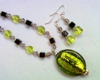 Peridot Green, Black and Gray Necklace and Earrings (0117)
