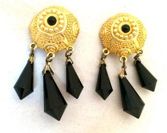 Etruscan Gold Drop Dangling Black Faux Crystal Clip on Earrings Vintage Jewelry