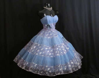 Vintage 1950's 50s STRAPLESS Bombshell Blue Lavender Tulle Lace Metallic Silver Party Prom WEDDING Dress Gown