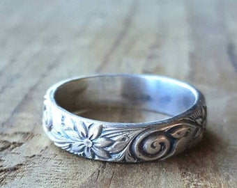 Wildflower Ring - Sterling Silver Band