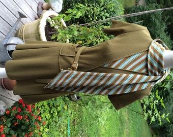 60's-70's Dress Secretary Dress World Knits Label 100% Wool Made in Hong Kong School Girl British Beat Madmen Look Flirty Skirt Hip Dress