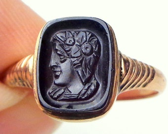 SZ 7,Unisex Ring,Solid 14k Gold Ring, Hand Carved Onyx,Antique Inverted Cameo Ring, Wax Stamp Ring, Ladies Gift