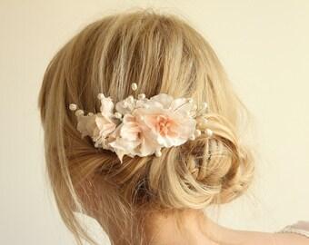 Bridal hair accessories, flower comb, wedding hair flowers