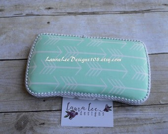 READY TO SHIP, Mint and White Small Arrows Travel Baby Wipe Case, Personalized Wipecase, Diaper Wipe Case, Tribal Arrows, Baby Shower Gift