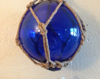 Wind Chime Glass/ Glass Fishing Float Wind Chime Loaded with Seashells/ Cobalt Blue with Rope/ Nautical/ FREE SHIPPING Gift Idea