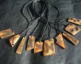 60% discount! Wholesale. 10 handmade leather pendants stock. Made in italy.