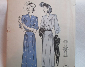 "Antique 1947 Butterick Pattern #4352 - size 34"" Bust"