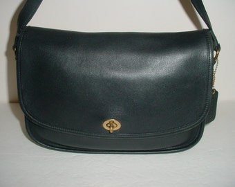 Vintage Coach black leather  City  bag .