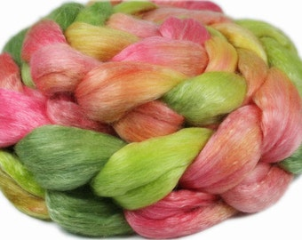 ROOM SERVICE ORCHID Merino/Tencel Roving - 4.0 oz