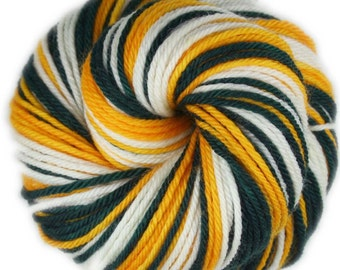 PACKERS - Self-striping Worsted weight Yarn
