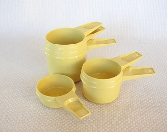 Vintage Tupperware Measuring Cups in Harvest Gold or Mustard Yellow Complete set of 6