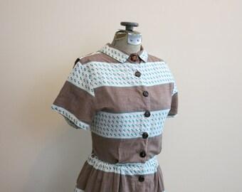 Dress Stripe 1950s brown green tribal stripe day shirtdress rockabilly Peter Pan collar M