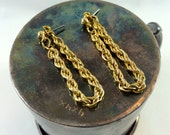 Gold chain loop earrings