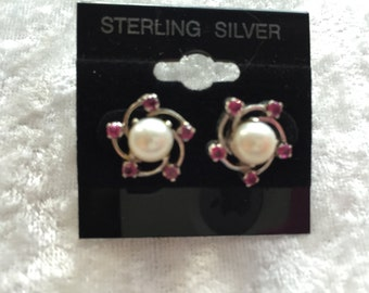 Flower Earrings, Post Earrings, Pearl Earrings, Pink Earrings, Pearl Stud Earrings, Pink Flower Earrings, Sterling Silver, Flower Jewelry