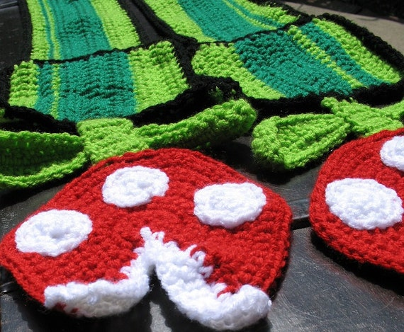 Nintendo Super Mario Brothers Piranha Plant Scarf, Best Seller, Cosplay Accessory, Perfect Gamer Gift, Stocking Stuffer