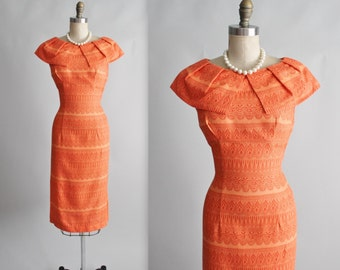 RESERVED 50's Wiggle Dress // Vintage 1950's Vibrant Lace Print Cotton Garden Party Wiggle Dress M