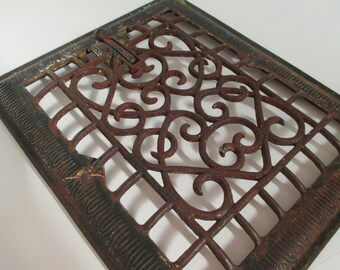 Vintage Cast Iron Heat Grate - Architectural Salvage - Scroll Design - Industrial Decor - Studio Decor