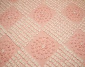 31 x 23 Inches - Gorgeous, Rare, Unique Hand Tufted Pink and White Candlewick Antique Vintage Cabin Crafts Chenille Bedspread Fabric Piece
