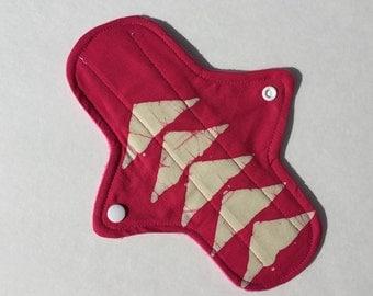 8.5 Inch Cloth Menstrual Pad Regular Flow Pink Triangles
