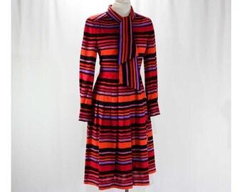 Size 10 Designer Dress - 1980s Jean Louis Scherrer - Bergdorf Goodman - Sunset Stripe Wool - Pink Red Black Purple Orange - Bust 36 - 46533