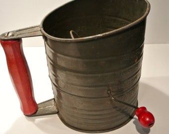 Vintage Bromwell's Flour Sifter, Vintage Metal Sifter