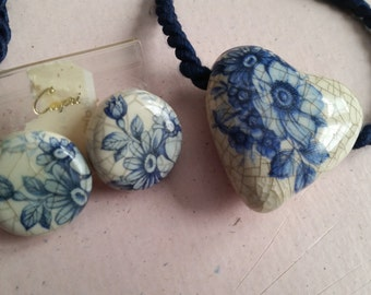 Vintage Capri Porcelain Pendant and Pierced Earrings Set Flowers White and Blue Crackle 1970s Blue Cord Crazing Heart Shaped